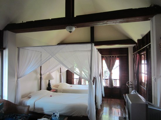 Baan Orapin Bed and Breakfast: Twin room front wing