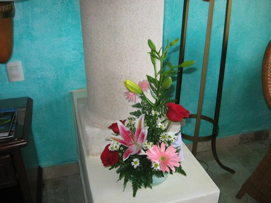 Grand Bahia Principe Akumal: Love the fresh flowers provided.