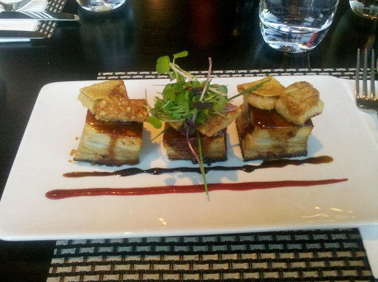 Invercargill, New Zealand: Pork Belly Entree - Delicious!