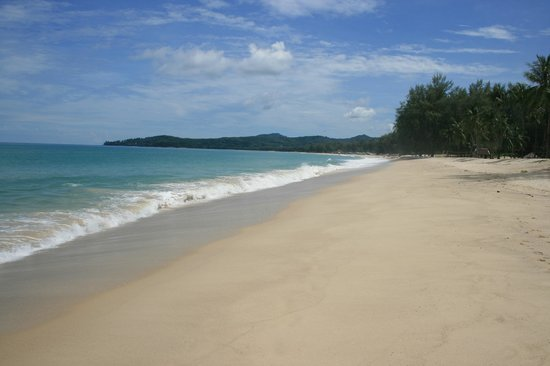 Cherngtalay, Tailandia: The beautiful beach