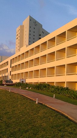 Dreams Cancun Resort & Spa: hotel balconies