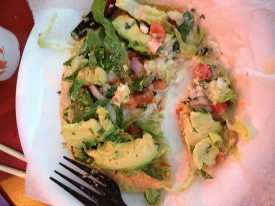 The Bed and Breakfast Inn at La Jolla: Freshest, best fish tacos a short walk away &amp; El Pescador Fish Market