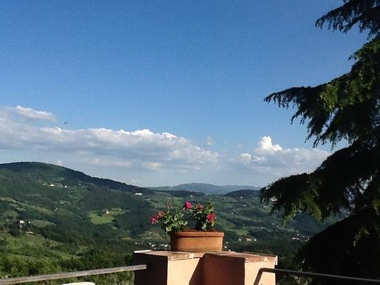 Montorsoli, Italy: Patio at LaPaggeria, view is wonderful