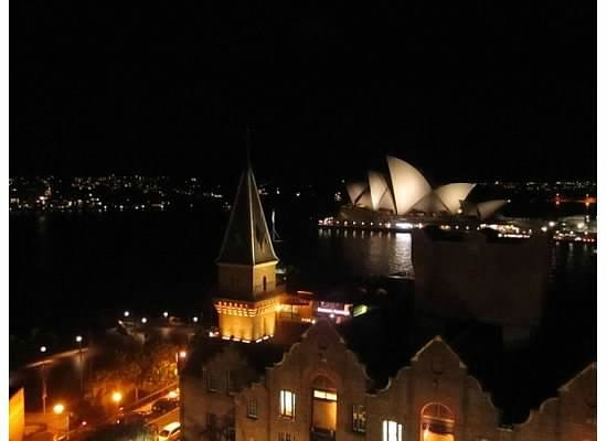 Holiday Inn Old Sydney: Night time roof top view