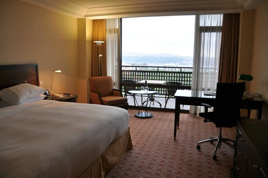 Hilton İstanbul: facing The Bosphorous