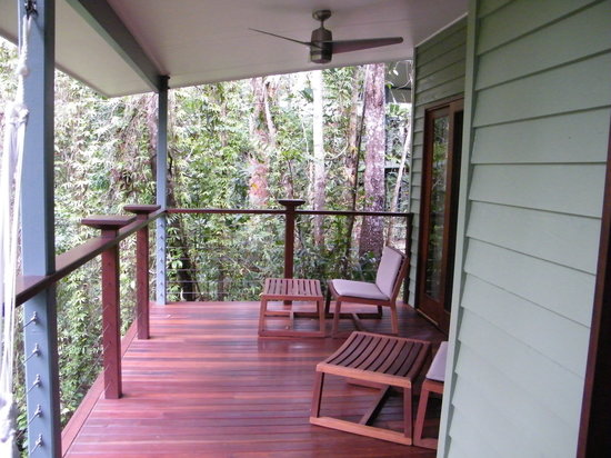 Silky Oaks Lodge: terrace