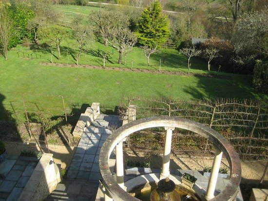 Tasburgh House: A view straight down overlooking terrace feature