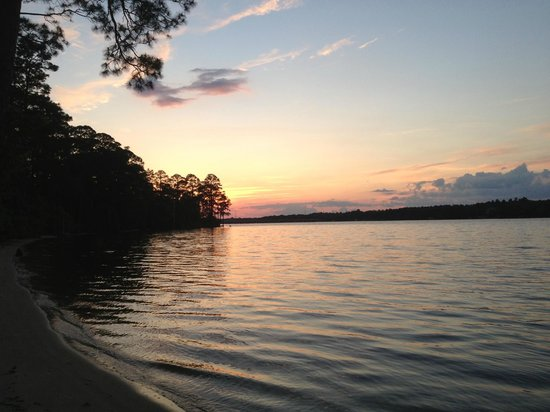 Niceville, Флорида: Sunset at Rocky Bayou State Park