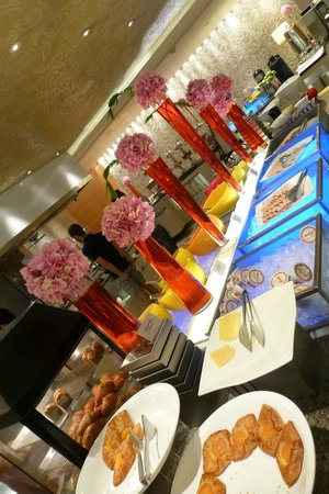 Holiday Inn Singapore Orchard City Centre: Breakfast Buffet