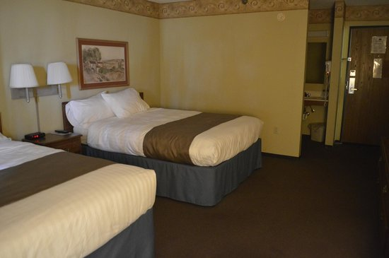 AmericInn Lodge &amp; Suites Baxter: Double Queen Room