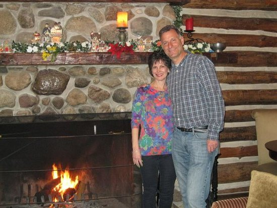 Canandaigua, NY: Relaxing by the fireplace