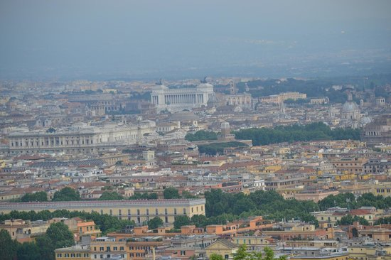 Rome Cavalieri, Waldorf Astoria Hotels &amp; Resorts: View of Rome from our balcony