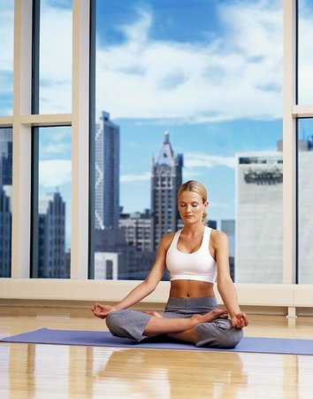 The Peninsula Chicago: The Peninsula Spa Yoga