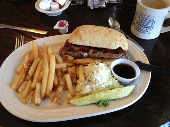 Orleans, MA: Huge steak sandwich