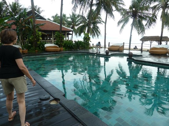 Evason Ana Mandara Nha Trang: Pool and beach areass