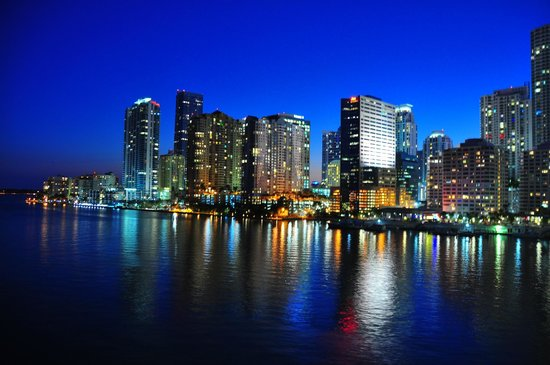 Mandarin Oriental, Miami : Miami view at night 