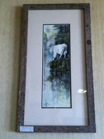 Columbia Falls, MT: Local artwork from wildlife Artist, Greg Trenerry