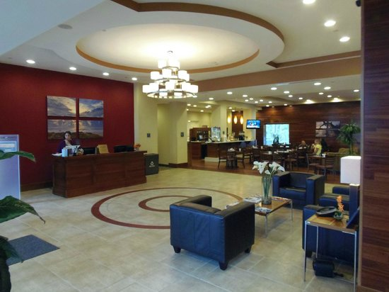 Four Points by Sheraton Jacksonville Baymeadows: Lobby
