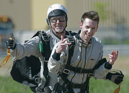 Skydive Oliver: Finished the jump