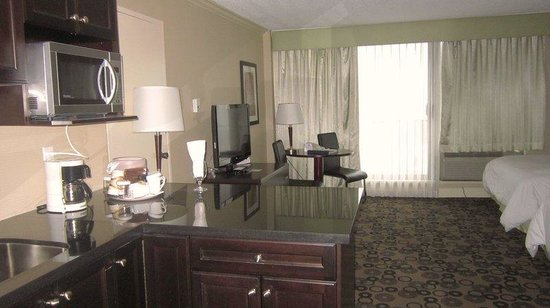 ‪‪Park Inn & Suites by Radisson on Broadway‬: Junior Suite‬