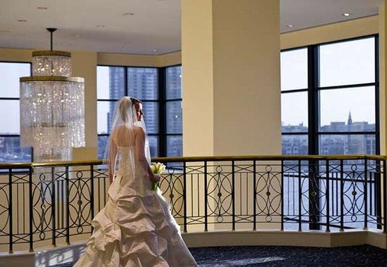 Baltimore Marriott Waterfront: Baltimore Weddings