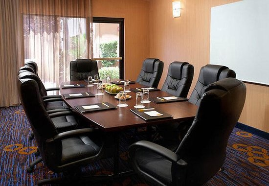Courtyard Las Vegas Summerlin: Boardroom
