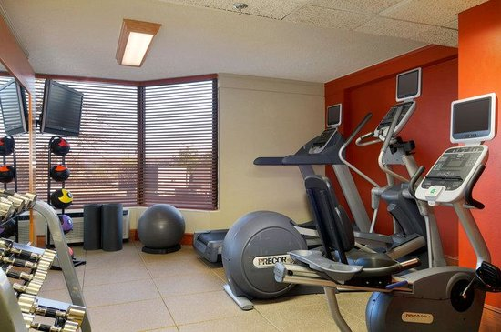 DoubleTree by Hilton Oak Ridge - Knoxville: Fitness Center