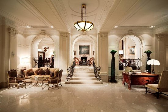 Eden Hotel: Entrance Hall