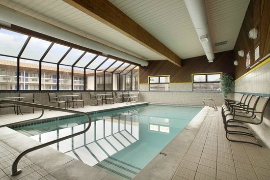 Logan, UT: Pool Area