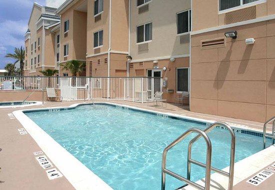 Jacksonville Beach, FL: Outdoor Pool