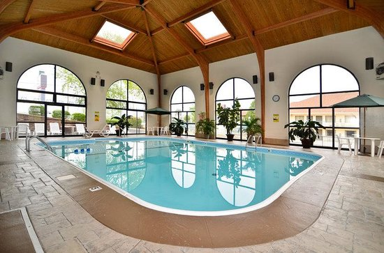 BEST WESTERN Music Capital Inn: Indoor Pool