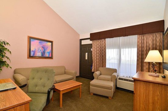 BEST WESTERN PLUS Saddleback Inn & Conference Center: Guest Room