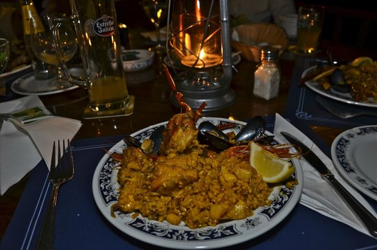 Sant Joan de Labritja, Spagna: Mixed paella