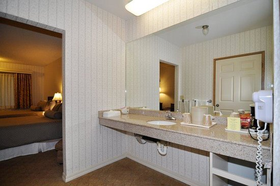 Santa Maria, : Guest Bathroom