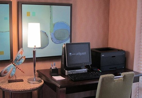 Residence Inn Toronto Mississauga/Meadowvale: Business Center