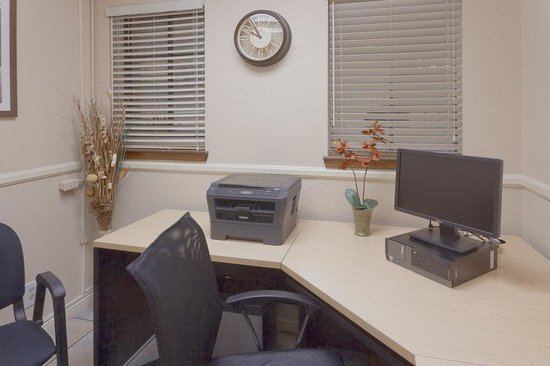 La Quinta Inn & Suites Las Vegas Airport N Conv.: Business Center