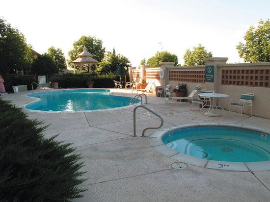 La Quinta Inn &amp; Suites Grand Junction: Pool