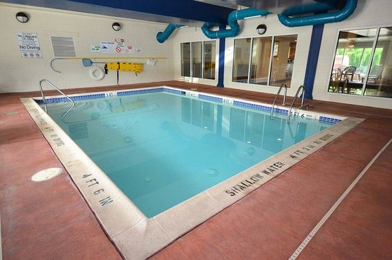 BEST WESTERN Lebanon Valley Inn & Suites: Swimming Pool