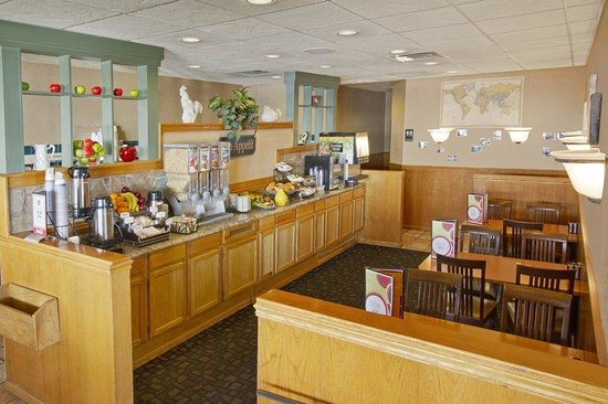 BEST WESTERN at O'Hare: Breakfast Area