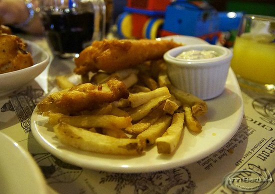Langley City, Canada : Children's portion of fish & Chips