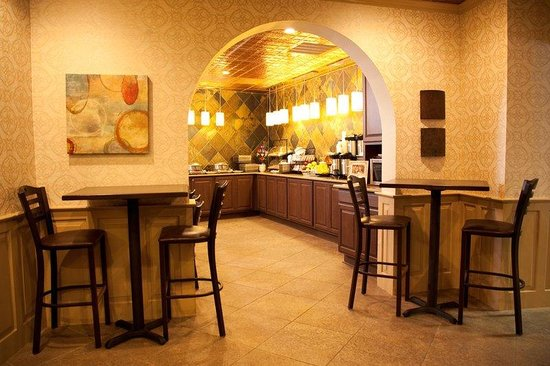 BEST WESTERN PLUS Landmark Hotel: Cafe