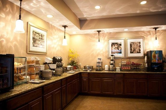BEST WESTERN PLUS French Quarter Landmark Hotel: Breakfast