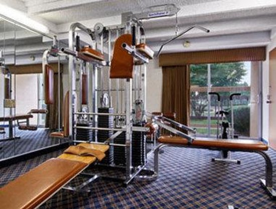 Ramada Philadelphia: Fitness Center