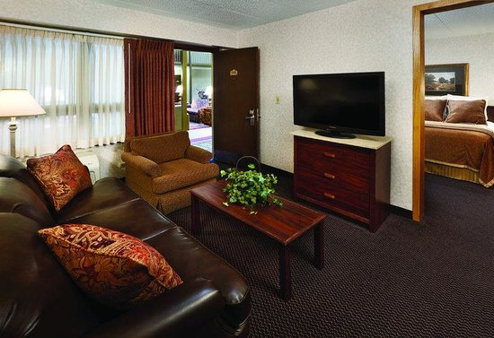 BEST WESTERN Ramkota Hotel: Executive Suite