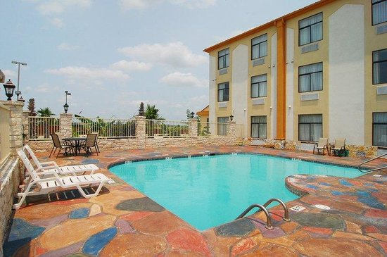 Buda, TX: Swimming Pool