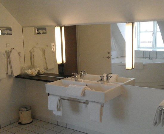 Vejle, Danmark: Suite Bathroom