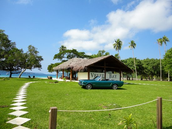 Luganville, Vanuatu: Welcome to 15 Degrees South Beach and Restaurant