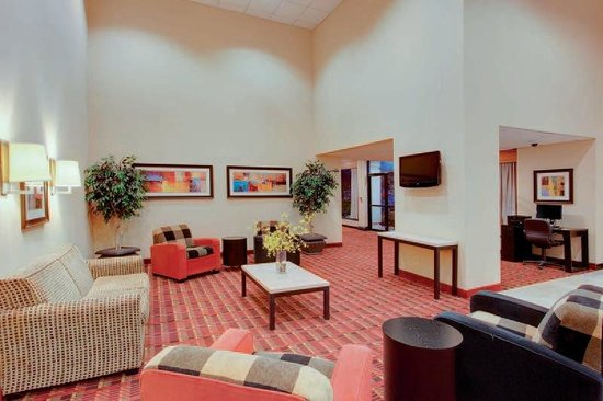 Fairfield, NJ: Lobby