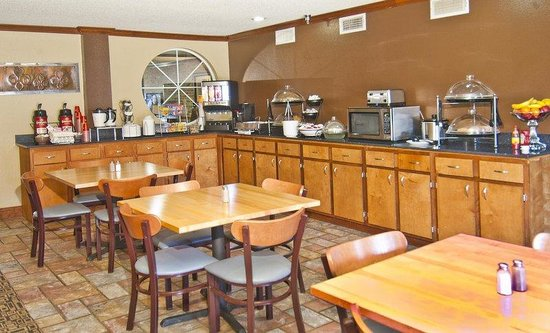 Natchitoches, : Breakfast Area