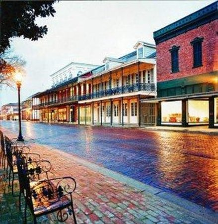 BEST WESTERN Natchitoches Inn: Front street Natchitoches